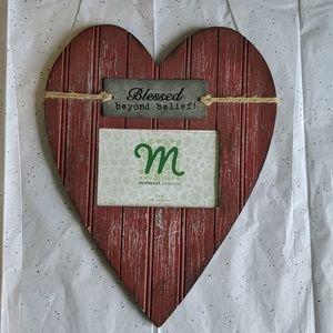 Heart-shaped wood frame